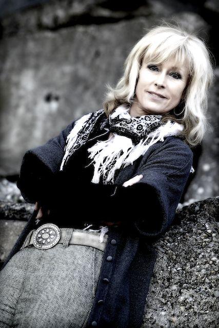 Sandy Hazelhoff, NMI mediator